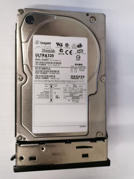 IBM FC 3274-73.4 GB 10.000 RPM Ultra320 SCSI Disk Drive Model: ST373307LC